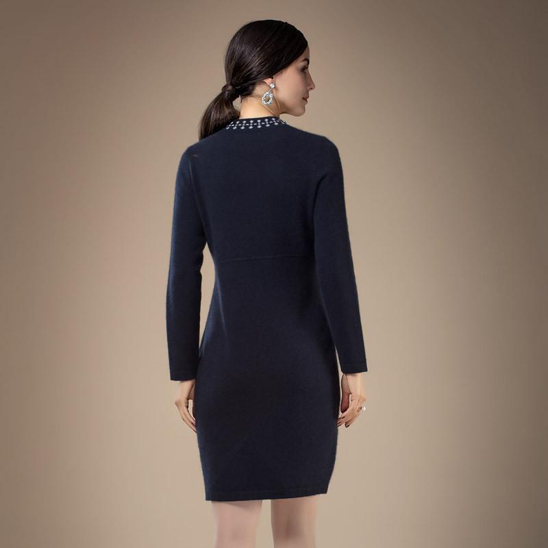 兆君女半高领镶钻加厚连衣裙·藏蓝