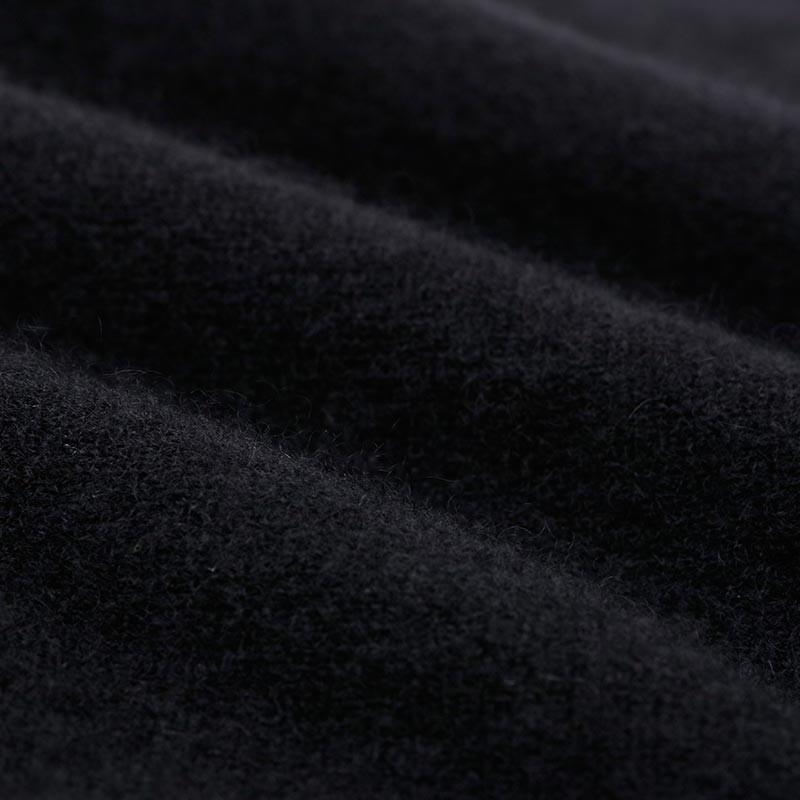 兆君圆领长袖A摆梅花刺绣连衣裙·黑色