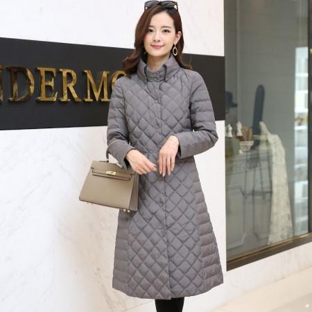 黛莉公主2017新款韩版菱形格中长款轻型羽绒服DLQ5983·灰色 (特价清仓 不退不换)