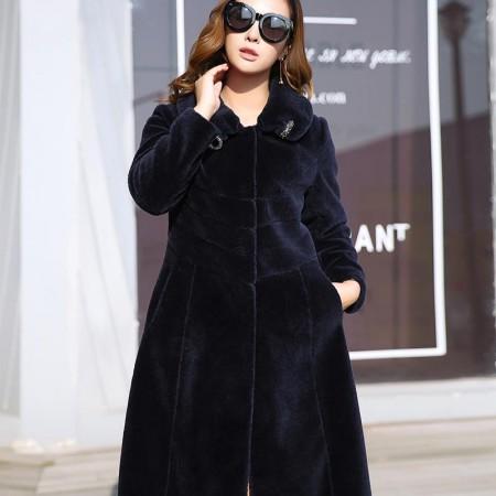 哈勃思娜 宝蓝色羊剪绒修身加厚保暖大衣·黑色