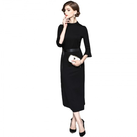 妖歌 纯色七分喇叭袖中长款半开叉一步连衣裙1064212·黑色