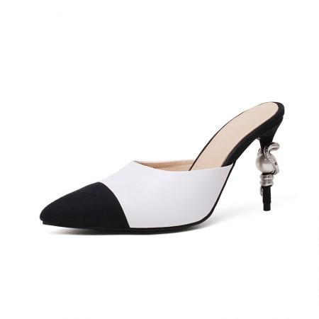 奈绮儿银蛇金属装饰细跟尖头凉鞋·白色