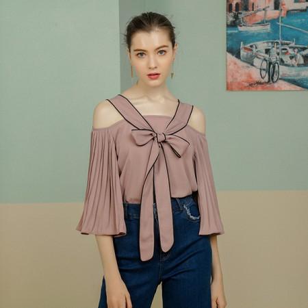 莉莉的撞色系带露肩喇叭袖上衣LL8203017·粉红色