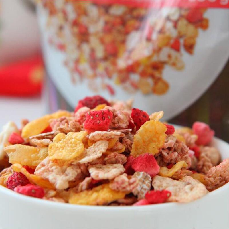 ICA草莓酸奶2包+ICA50果仁混合燕麦片2包