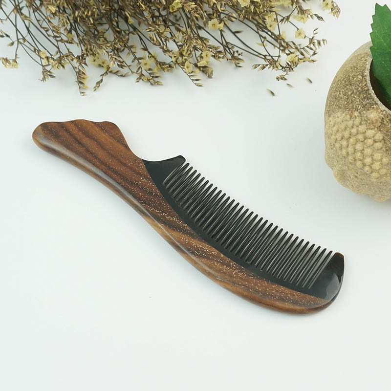 百年许氏 黄花梨角木梳子