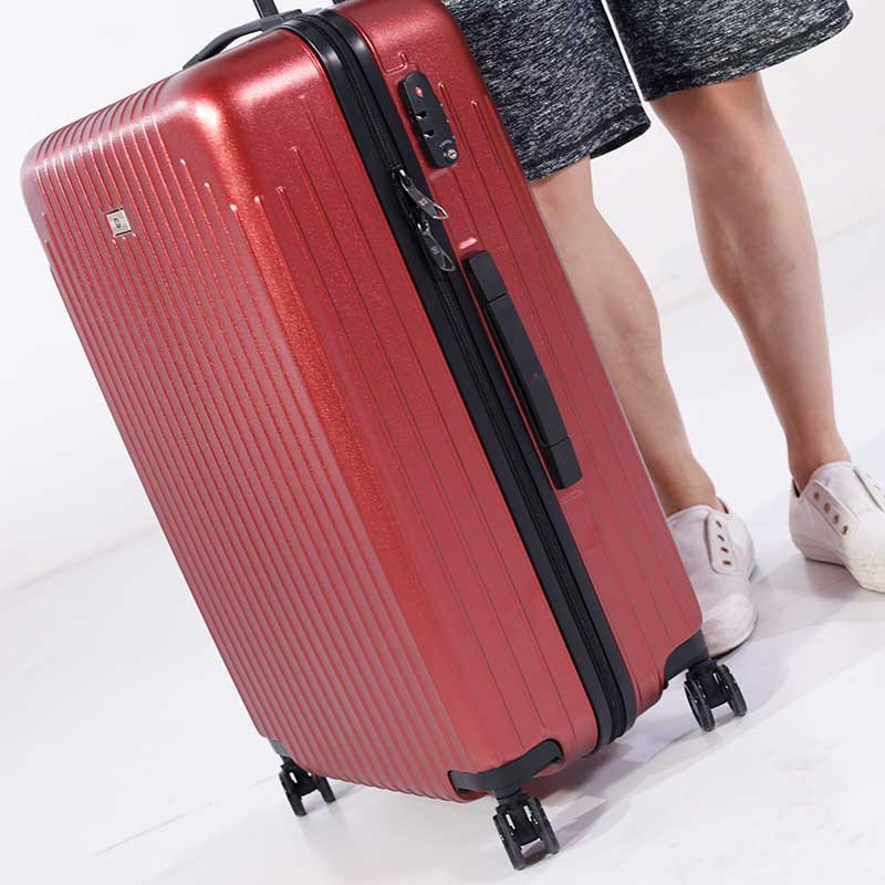 SWISSWIN炫彩28英寸拉杆箱套组·酒红色