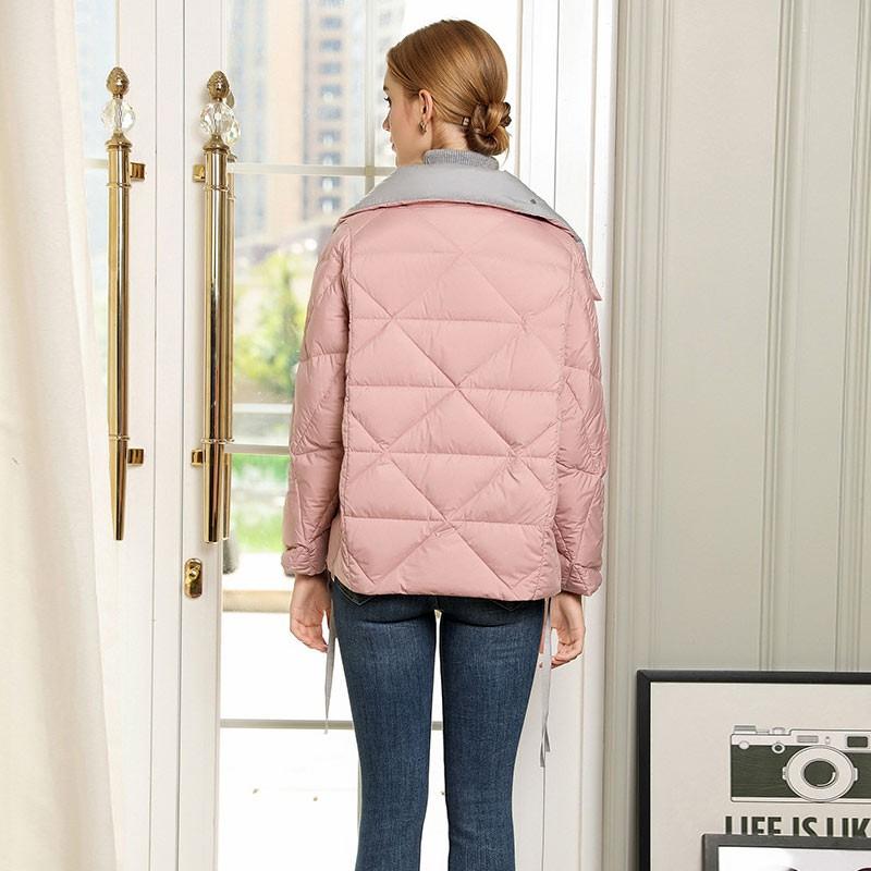 丝朵之丽 立领蝴蝶结短款白鹅绒羽绒服·粉色