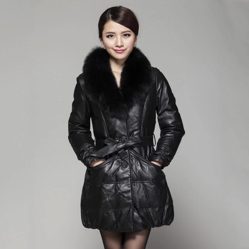 蒙洛迪女式绝代佳人狐狸领羊皮羽绒服 黑色