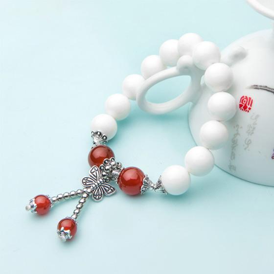瑞切尔蝶恋白砗磲手链