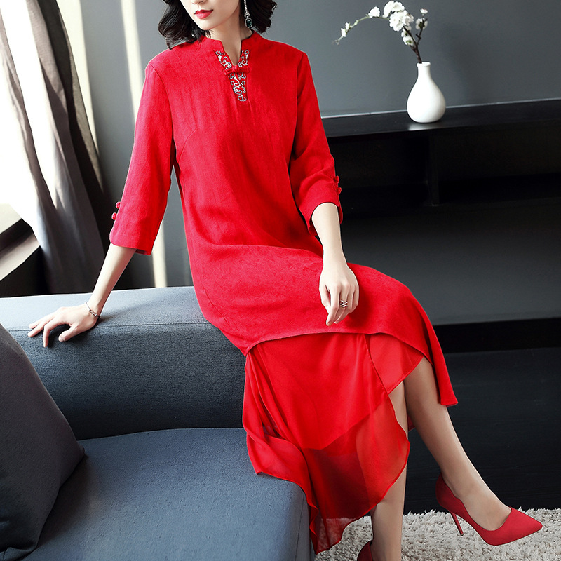 丁摩 中国风复古立领绣花纯色棉麻连衣裙V领五分袖中长裙50301·红色