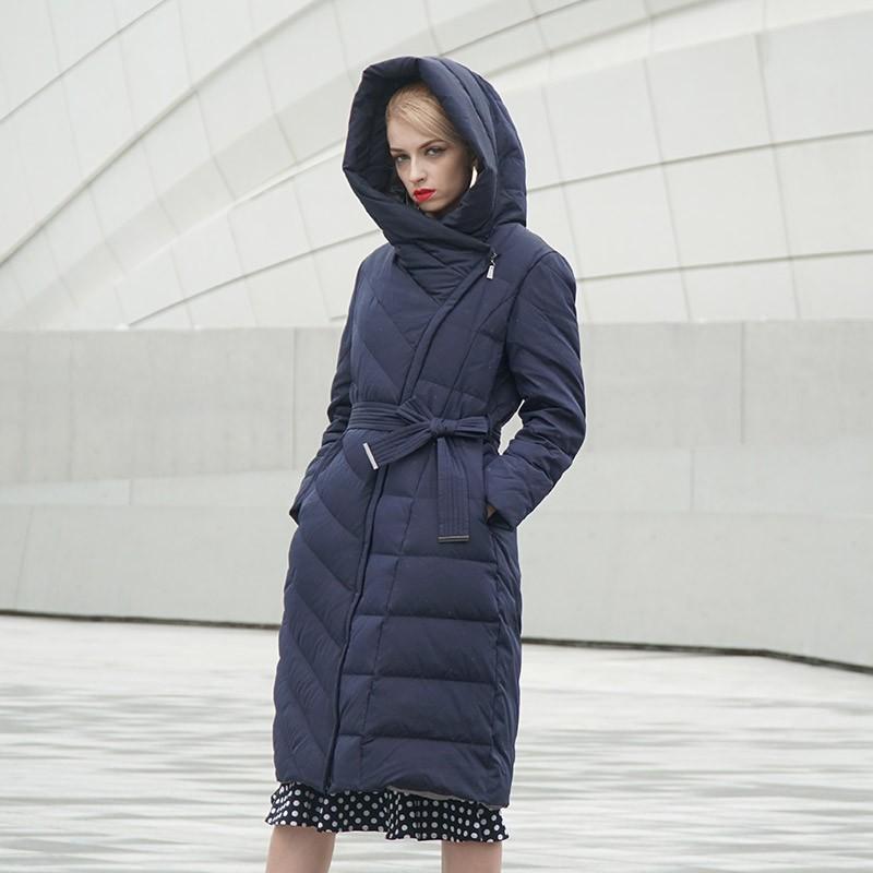 朗姿优雅长款修身羽绒服·藏蓝色